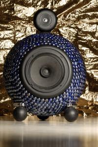 Hand-made design loudspeaker