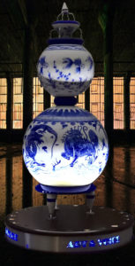 Chinese blue-white style loudspeaker
